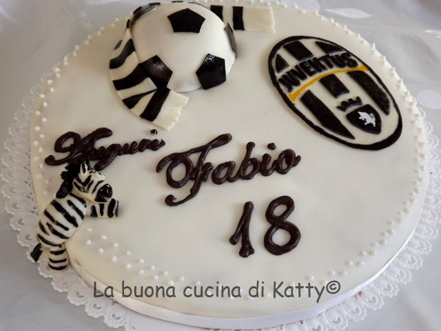 Matrimonio Tema Juventus : Oltre fantastiche idee su torte a tema calcio