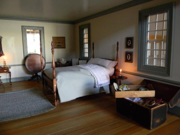 A Lovely Miniature Colonial Bedroom So Realistic Simple