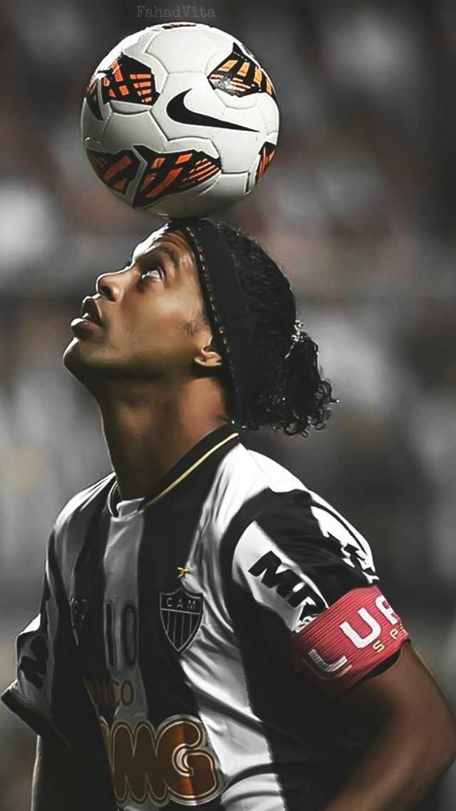 Ronaldinho Wallpaper Fotos De Ronaldinho Fotografia De Futbol Fotos De Futbol