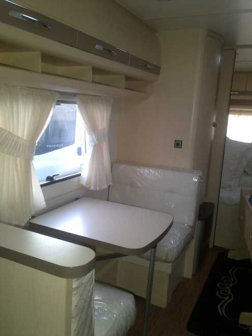 Hobby 645 V.I.P CARAVAN 23FT, 5 berth, (2010) Second Hand  Touring caravan for sale in Hampshire