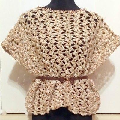 Ročno pleten pulover z neti in pasom