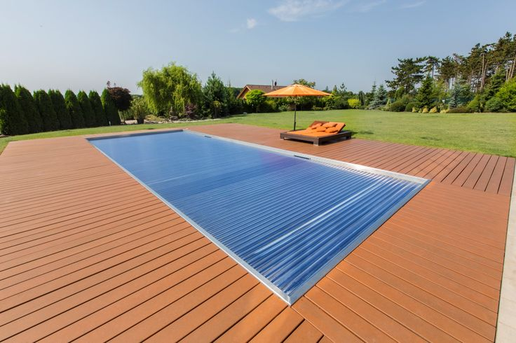 Stainless steel pool Imaginox with automatic cover