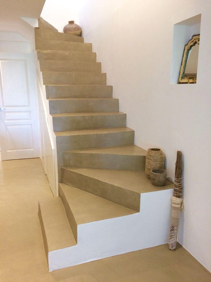 B.CC - Escalier en béton ciré (couleur Terre Naturelle / MA's)