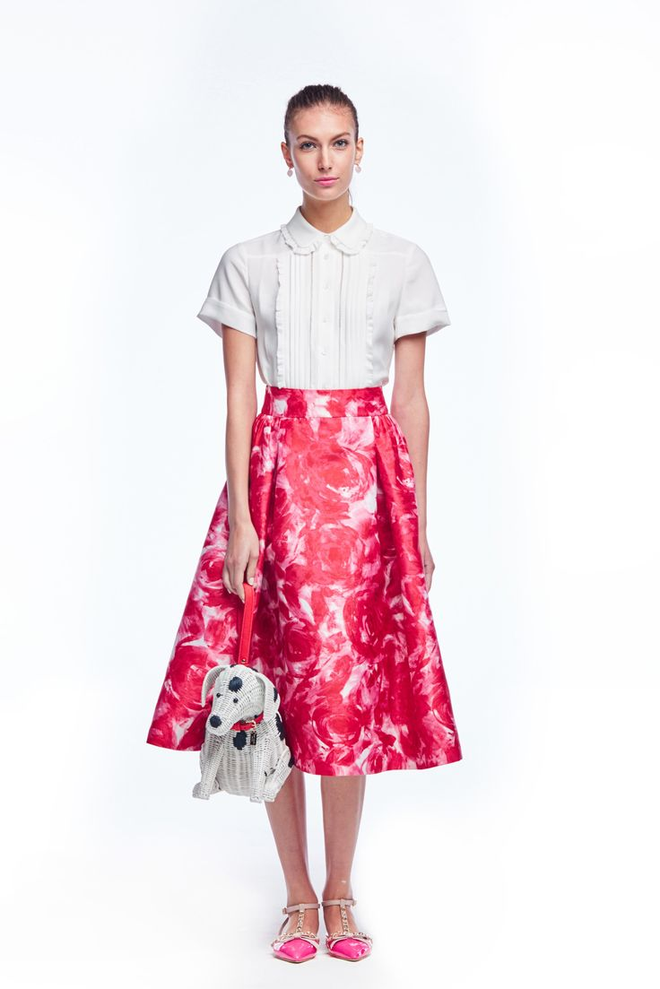 Kate Spade New York Spring 2016 Ready-to-Wear Collection Photos - Vogue Kate Spade's lookbooks are never very diverse http://www.vogue.com/fashion-shows/spring-2016-ready-to-wear/kate-spade-new-york/slideshow/collection#7