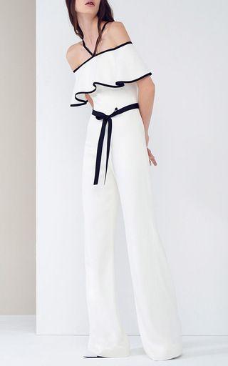 Hermoso pantsuit en blanco...el detalle negro le dá ese wow!!