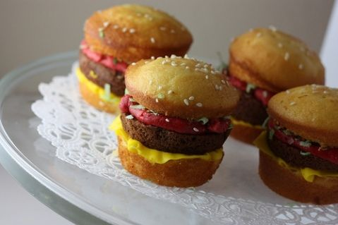 Burger-cakes. Reminds me of the vanilla wafer, Hersey chocolate burgers people used to bring for Birthday snacks in elementary school.