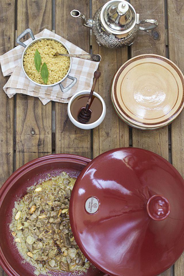 Tajine de cordero y berenjenas con miel y frutos secos