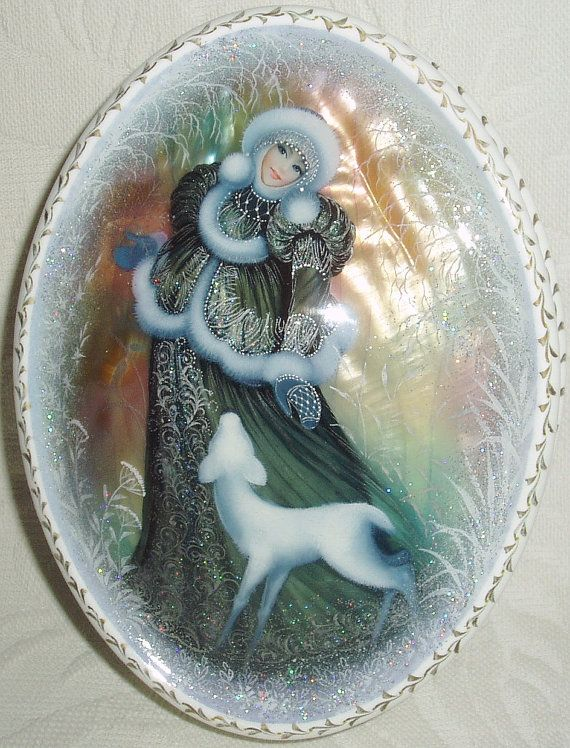 Hey, I found this really awesome Etsy listing at https://www.etsy.com/listing/171342135/beautiful-hand-painted-russian-lacquer