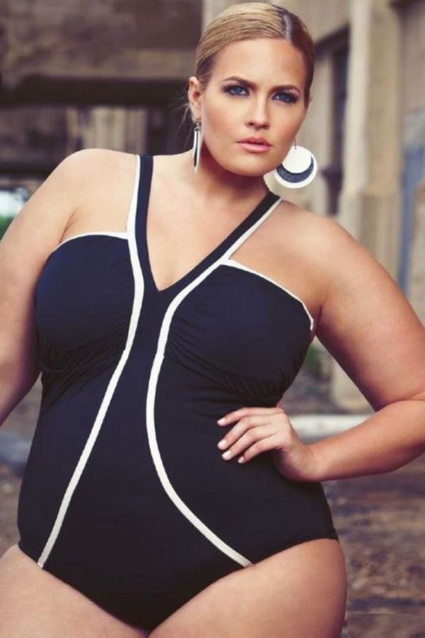 The Strappy V-Neck Plus Size Monokini Swimwear is both sexy and supportive. The V neck styling and bandeau design flatter the bust area with just a hint of cleavage. This plus size suit works equally