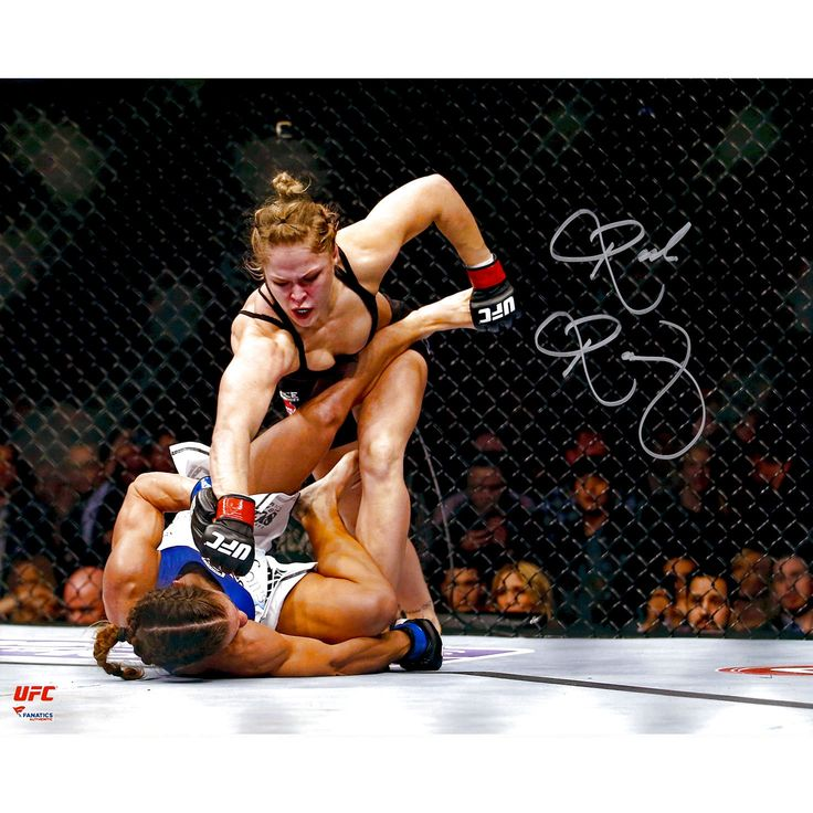 Ronda Rousey Ultimate Fighting Championship Fanatics Authentic Autographed 16'' x 20'' Punching Down Photograph - $95.99