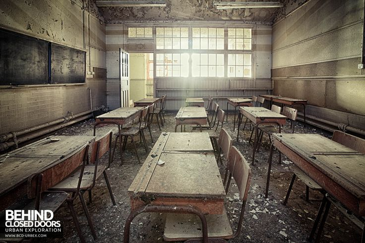 Easington Colliery Primary School - Sunlight floods into a decaying classroom