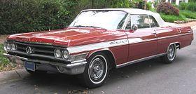 1963 Buick Wildcat -- 06-18-2011 2.jpg själv åkt med i en del klassiska bilar, varit på cruicings som ung