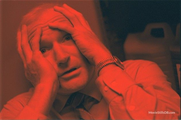 One Hour Photo - Publicity still of Robin Williams