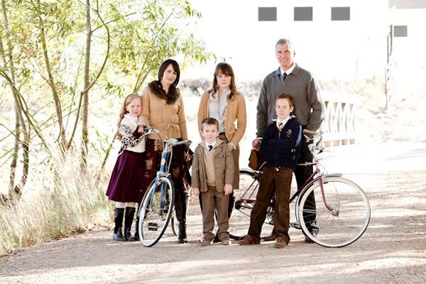 (Von Trapp) family photos: Photos Ideas, Summer Families Pictures Ideas, Family Portraits, Families Photography, Families Photos, Tandem Bicycles, Families Pics, Families Portraits,  Tandem Bicycle
