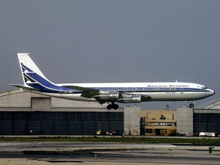 Aerolineas Argentinas Boeing 707