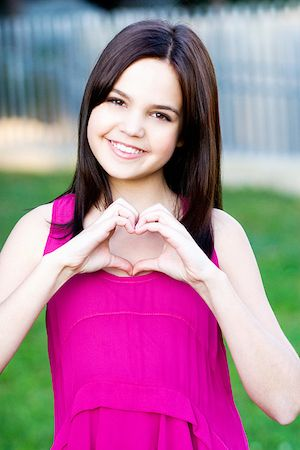 bailee madison | Bailee Madison Invites You To Help Fight Childhood Cancer « The ...