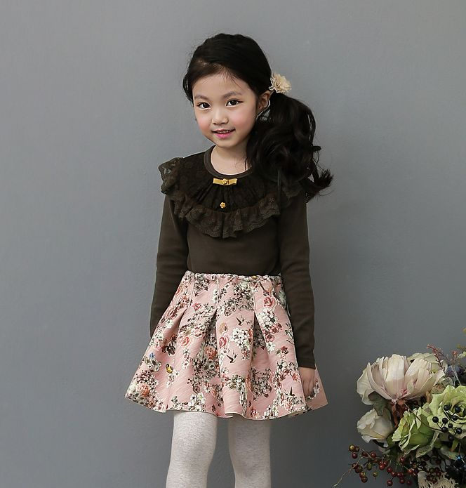 Korea children's No.1 Shopping Mall. EASY & LOVELY STYLE [COOKIE HOUSE] Rossi Bell T-shirt / Size : 7~15 / Price : 25.19 USD #cute #koreakids #kids #kidsfashion #adorable #COOKIEHOUSE #OOTD #TOP    #tshirt