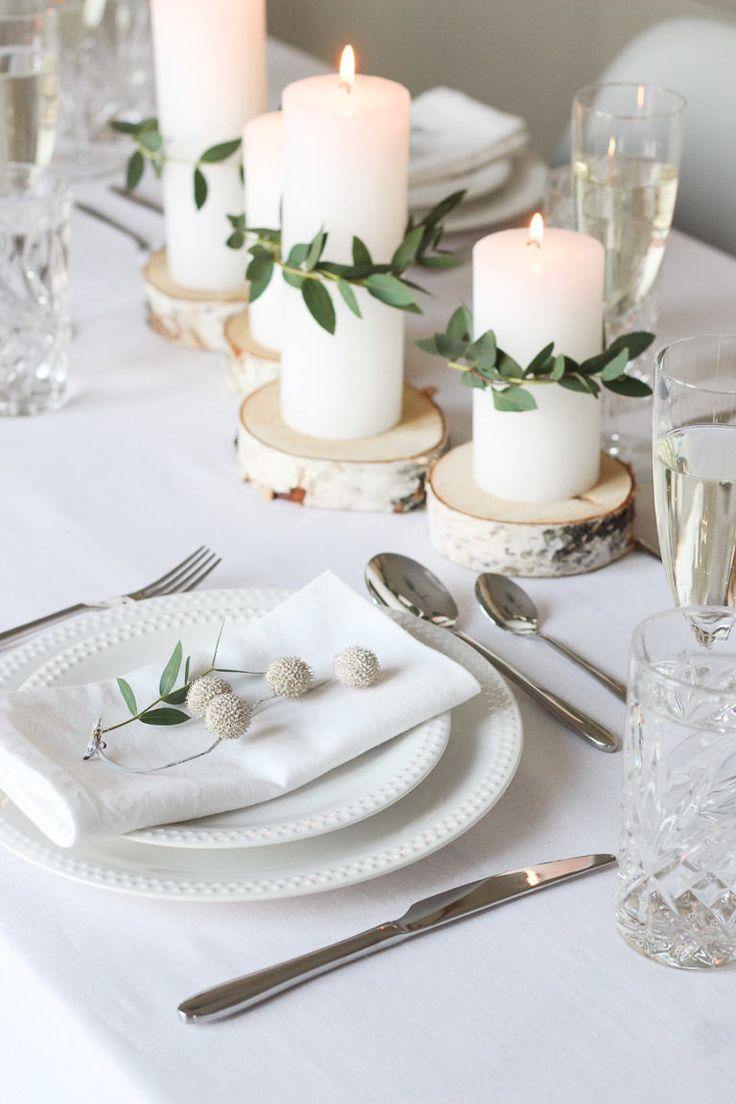 Minimalist & festive table decoration for Christmas