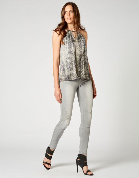 Skip In My Step Top - Storm Women's Clothing