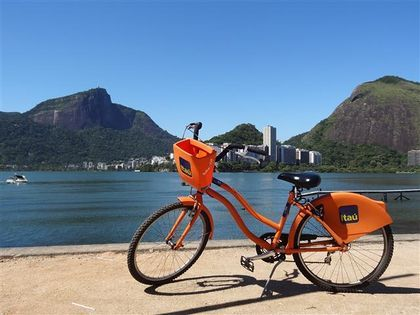 Orange bicycle, BikeRio