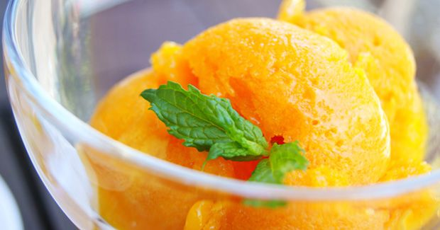 Mango-limoensorbet