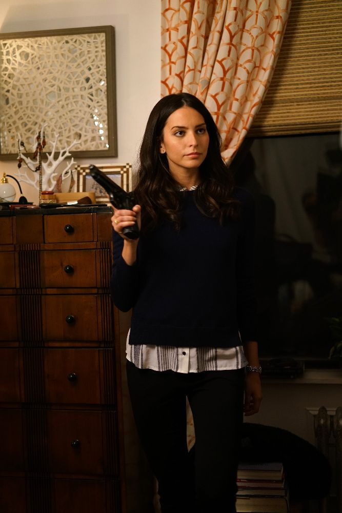 Time After Time Season 1 Genesis Rodriguez Image 4 (31)