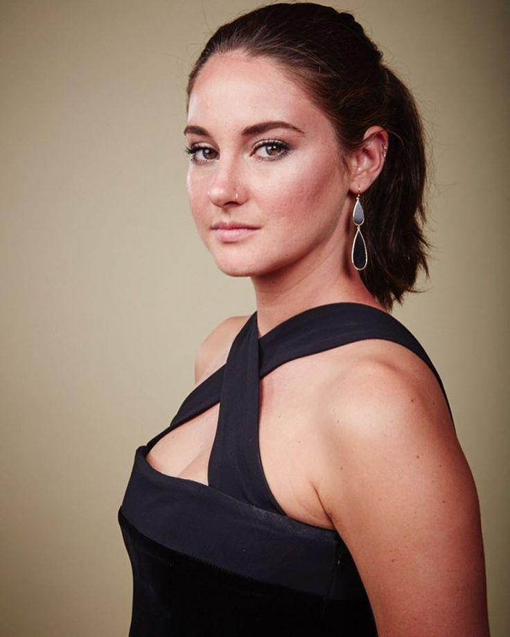 [HQ] Portraits — #ShaileneWoodley at the 26th Annual Environmental Media Association Awards  on October 22