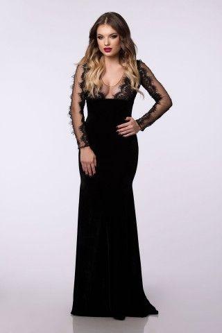 Rochie de seara lunga din catifea neagra si cu maneci din dantela