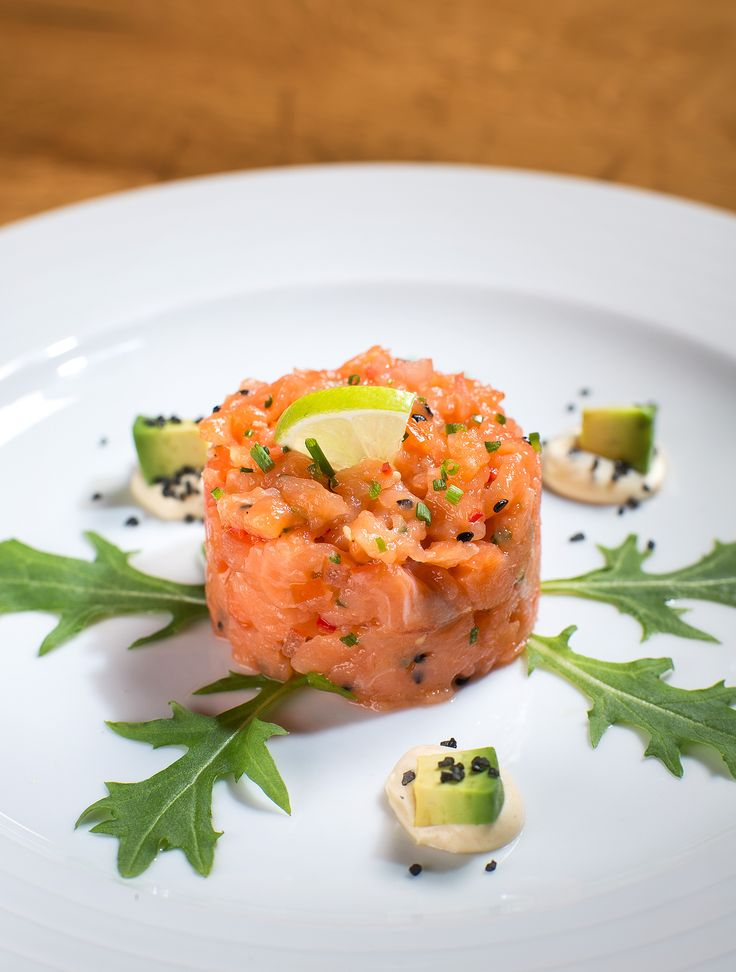 Salmon tartare / Lososový tatarák