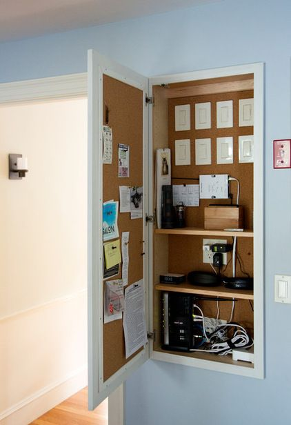 Recessed cupboard to house charging station, notice board,wi fi equipment, lots of switches.