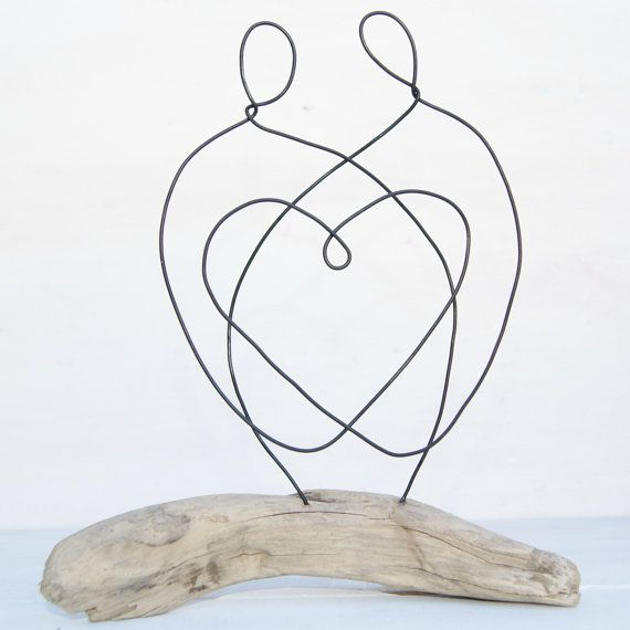 Family driftwood and wire sculpture. Family by ArtandImperfections