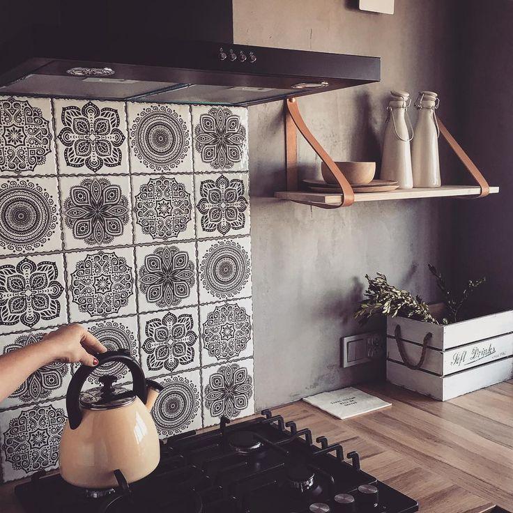 """3,677 kedvelés, 21 hozzászólás – Lovingit.pl (@lovingitpl) Instagram-hozzászólása: """"Dzien dobry Warszawo❤Kto z Was tu mieszka?;) Czas na kawe i what a beautiful day❤❤❤#kitchen…"""""""