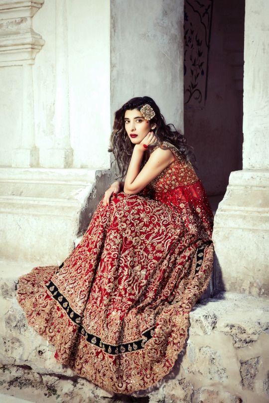Saira Rizwan Bridal (Desi Bridal Shaadi Indian Pakistani Wedding Mehndi Walima Lehenga / #desibridal #indianbridal #pakistanibridal #saree #indianwedding #pakistaniwedding #desiwedding #wedding #shaadi #lehenga #bridal #mehndi #walima #bollywood)