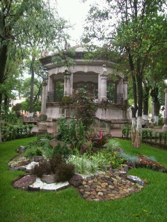 Jardin principal de nochistlan zac y al fondo el kiosco for Jardin principal