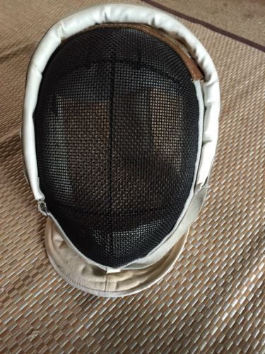 @fencinguniverse : Fencing Gear  $29.00 (0 Bids) End Date: Tuesday Mar-14-2017 11:07:14 PDTBid now | Add to w http://aafa.me/2mpONtm http://aafa.me/2ms3DkY