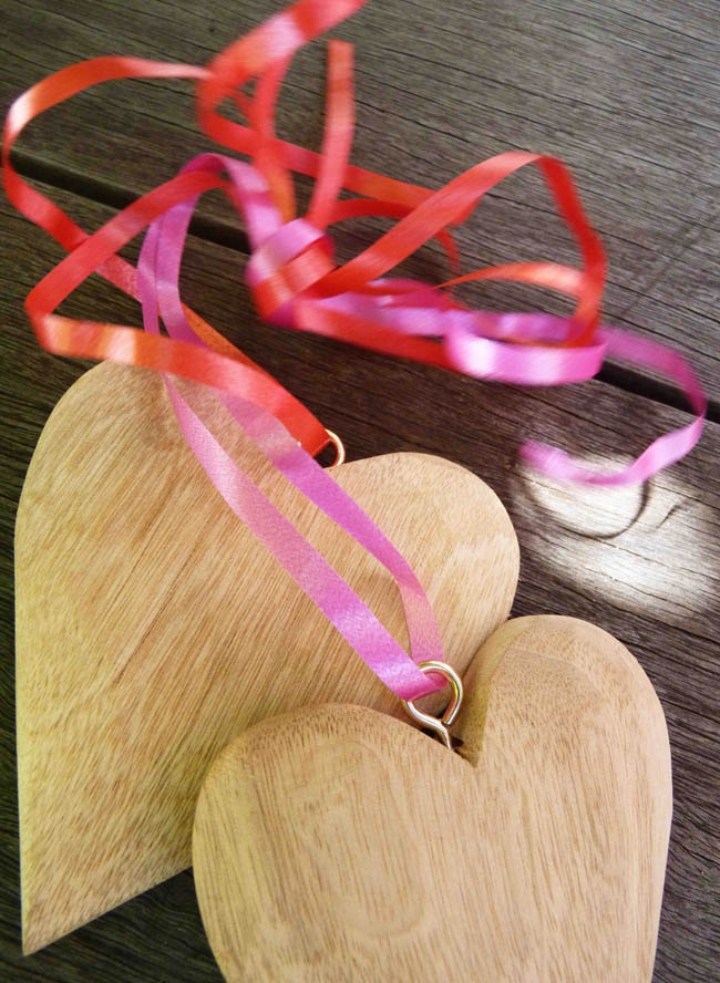 Plascon Do It Yourself Valentine's Day Hearts: Step Two; Image Credits: Production Maciek Dubla & Chantel Hans, Photography Maciek Dubla