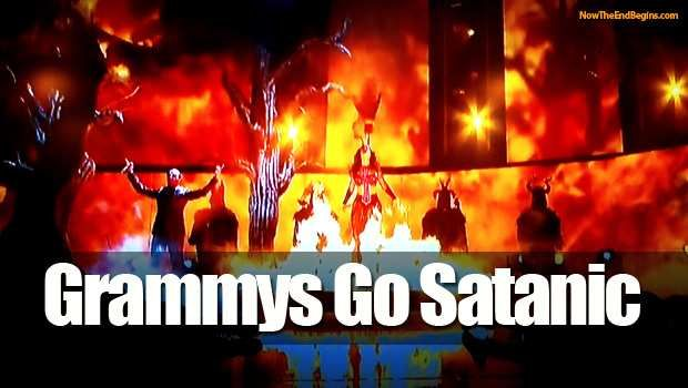 Katy Perry Performs Satanic Illuminati Ritual [Video]