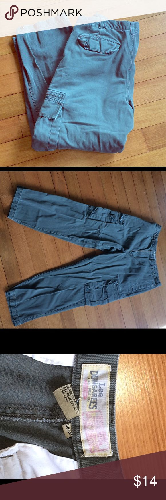 Men's cargo pants Olive green colored men's cargo pants by Lee Dungarees.  38 X 32.  100% cotton.  Machine wash & tumble dry.  Drawstring inside pants.  Two side cargo pockets in addition to two front & two back pockets. Lee Dungarees Pants Cargo