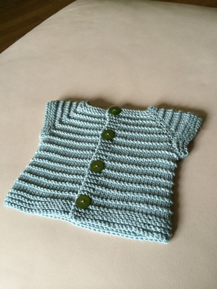 Piccolo Sandro Cardigan By Emma Fassio - Free Knitted Pattern - (ravelry)