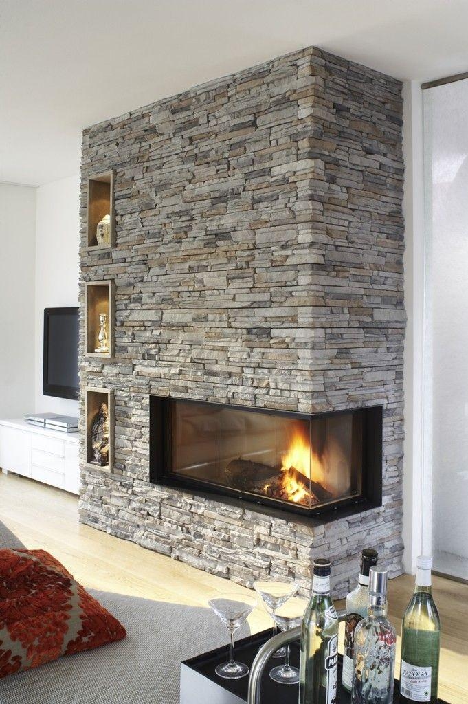Gemauerter Kamin, Glasfront Kamin – In den kalten Jahreszeiten sind Kamine und Öfen Wärmespender mit riesigem Gemütlichkeitsfaktor. Alle Arten von Kaminen, sei es im Landhausstil oder modern, gemauert oder als Raumteiler, für Wärme sogt das Feuer im Kamin oder Ofen immer.  Auch freistehende oder offene Kamine im Wohnzimmer sehen toll aus. – MyHammer