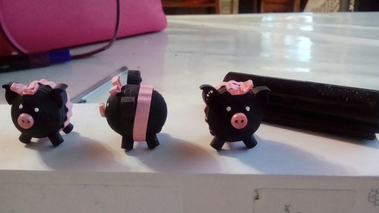Quilling pig negrito filigrana cerdito