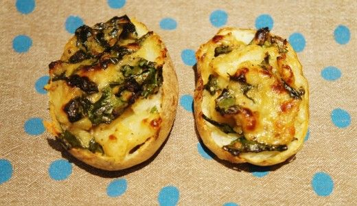Stuffed potatoes with spinach and cheese