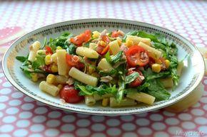 L'Insalata di pasta è una delle ricette tipiche che si preparano durante l'estate. Questa è la mia ricetta per preparare l'insalata di pasta, con pomodorini, rucola, tonno,