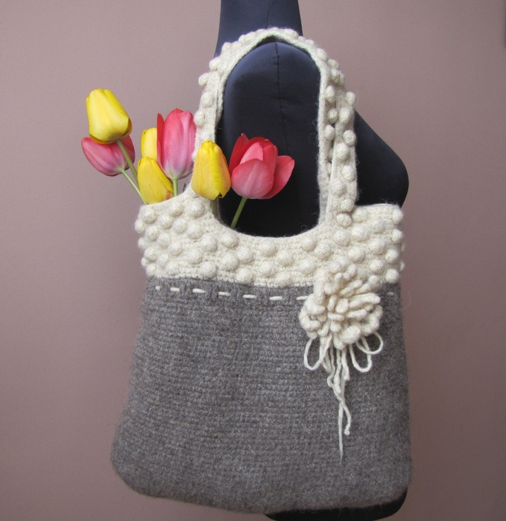 Crochet Wool Bag : BLACK & WHITE - Hand crochet and felted wool bag in natural colors