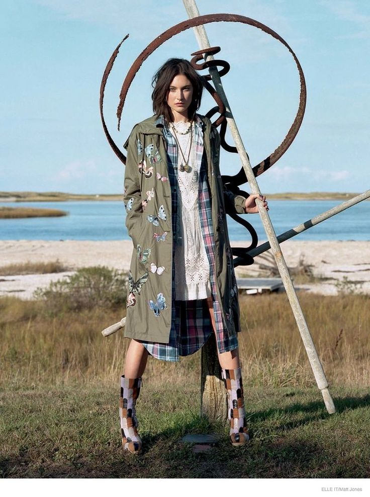 Model Jacquelyn Jablonski Wears Subtly Whimsical Outfits for ELLE Italy #photography trendhunter.com