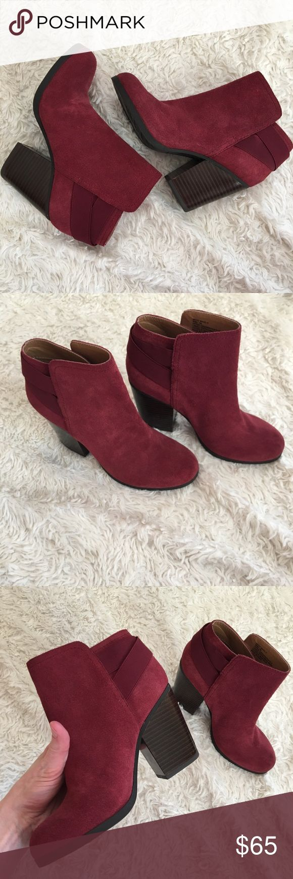 """✨NWOT✨KENNETH COLE Reaction Booties Burgundy Booties with crisscross detail in back. NEW though they were out on the floor when I bought them at the Nordstrom Outlet. 3.5"""" chunky heel. Red/Purple Wine colored. OFFERS WELCOME ❤️. Kenneth Cole Reaction Shoes Ankle Boots & Booties"""