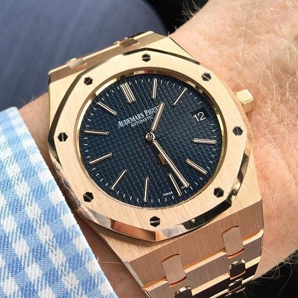Stunning Rose Gold Audemars Piguet Royal Oak  - @luxurylifestylemagazine Photo by @thehighlander65 by _thewatchgallery_