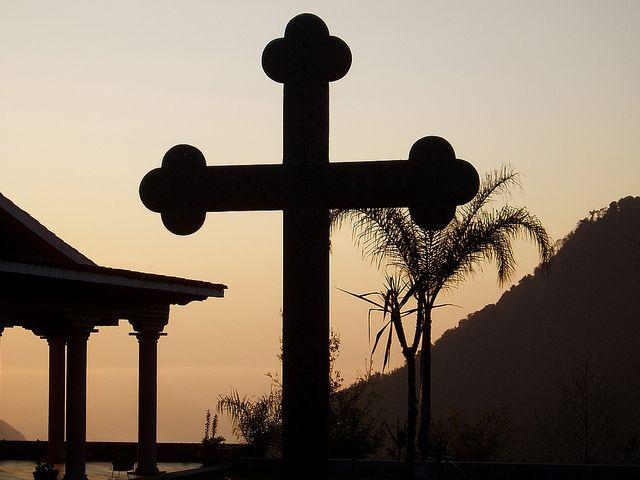 cruz misionera | por Fuego adentro