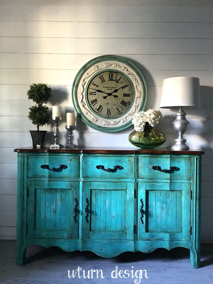 Teal chippy farmhouse buffet By UTurn design