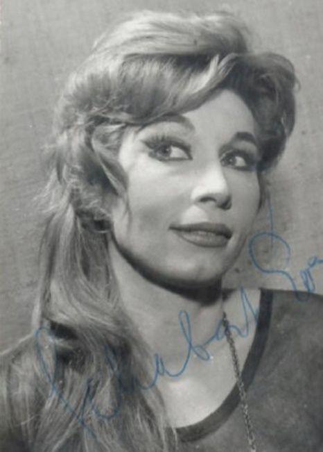 Schubert Éva (1931-) Kossuth-díjas magyar színésznő, rendező, színészpedagógus, érdemes művész.